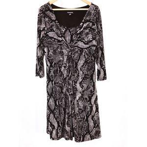 Fashion Bug Woman's Snakeskin Pattern Dress XL